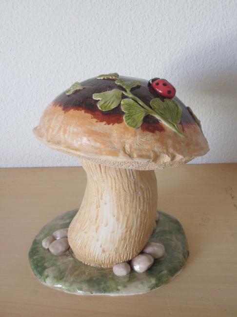 Unterschied Ton Keramik spezielle urnen aus ton keramik medium sabrina wunderli schweiz